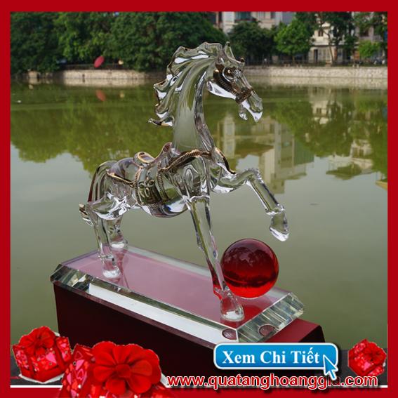 Ngựa phong thủy - Quà tặng pha lê 1