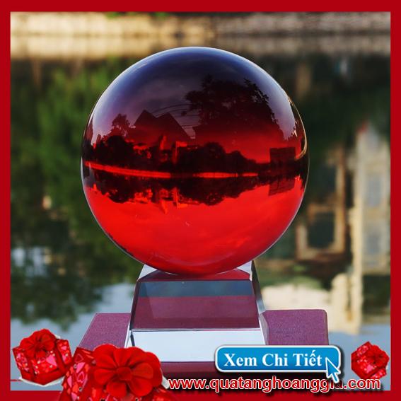 quả cầu pha lê 11cm mầu đỏ