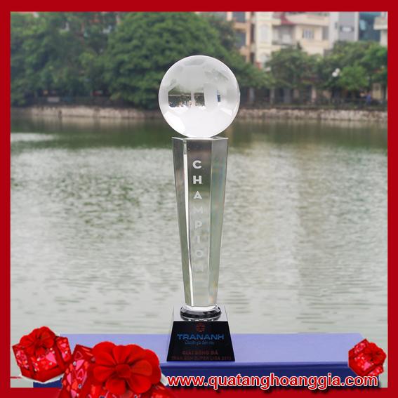 CÚP THỂ THAO 25 - Cúp bóng đá pha lê