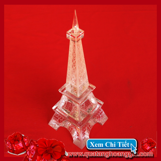 Tháp Eiffel Pha lê